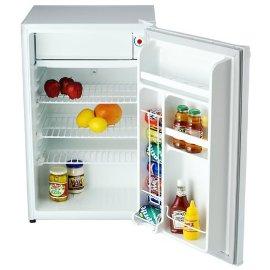 Danby Deluxe Compact Refrigerator (4.3cu.ft.)