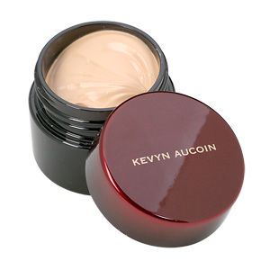 Kevyn Aucoin The Sensual Skin Enhancer Foundation, SX 02