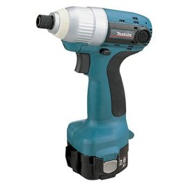 makita 6980fdwde 12 volt cordless impact driver kit gosale price comparison results. Black Bedroom Furniture Sets. Home Design Ideas