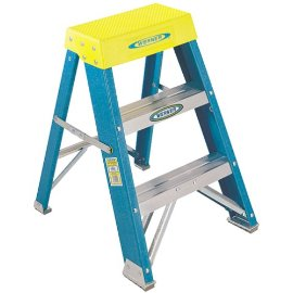 Werner 6002 Fiberglass Step Stool, 250 Pound Rated