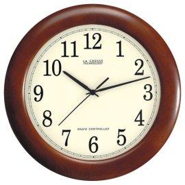 La Crosse Technology WT-3122A 12-Inch Wood Atomic Analog Clock - Cherry