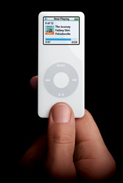 Apple 4 GB iPod Nano White