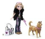 MGA Bratz Special Feature Walking Doll, Cloe