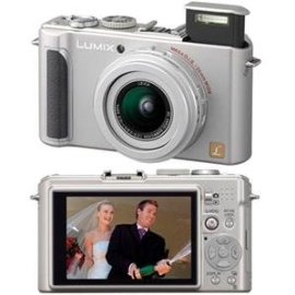 Panasonic DMC-LX3 10.1MP Digital Camera with 2.5x Wide Angle IS Zoom (Silver)