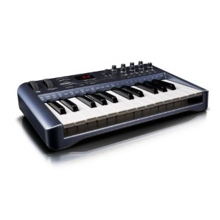 Oxygen 25 USB MIDI Keyboard Controller by M-Audio