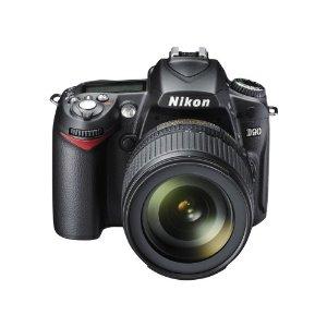 Nikon D90 Digital SLR Camera with 18-105mm AF-S f/3.5-5.6G ED VR DX Lens