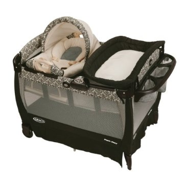 Graco Cuddle Cove Pack 'n Play Playard with Newborn Rocker and Changer (Rittenhouse)