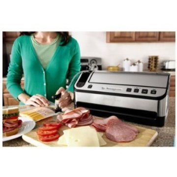 FoodSaver V4880 Fully Automatic Vacuum Sealing System with Bonus Handheld Sealer, FreshSaver Container, Wine Stopper