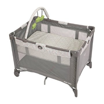 Graco Pack 'n Play Playard with Bassinet (Pasadena)