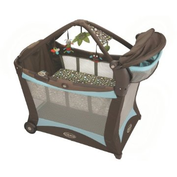 Graco Pack 'n Play Modern Playard with Play Mat, Shout