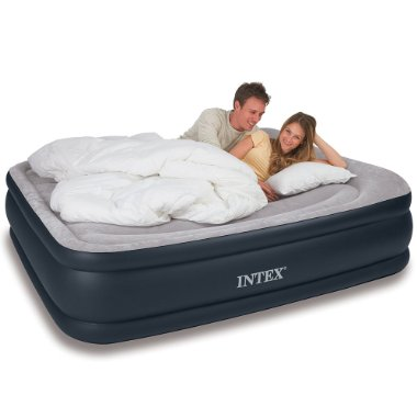 Intex Queen Deluxe Pillow Rest Raised Airbed Kit (67737E)